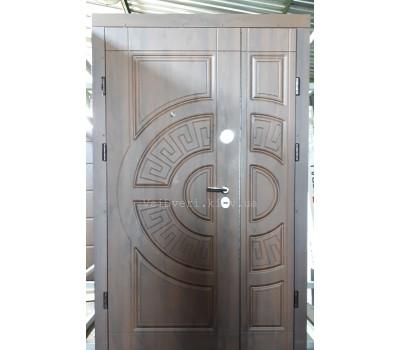 полуторные входные двери 1200 на 2050